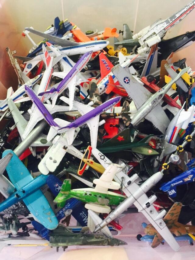 AIRPLANES- MATCHBOX u0026 HOTWHEELS - The Packrats Den